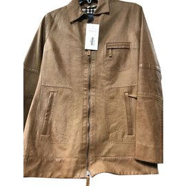 Burberry-Jackets-Caramel