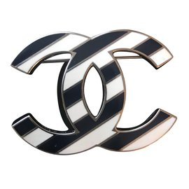 Chanel-Broche Timeless-Bleu Marine