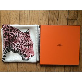 Hermès-Carré Panthera Pardus de Robert Dallet-Rose