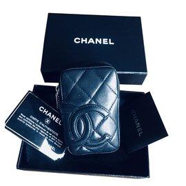 Chanel-Belle Pochette trousse Chanel à porter sur une ceinture, ligne Cambon-Noir