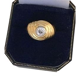 Autre Marque-Belle bague dôme en or jaune et diamant-Doré