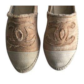Chanel-Espadrilles-Rose