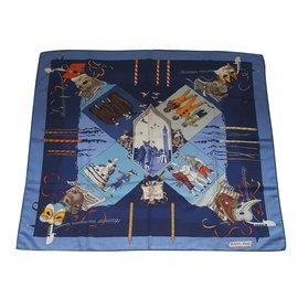 Hermès-Foulard Hermès en cachemire et soie vintage-Bleu
