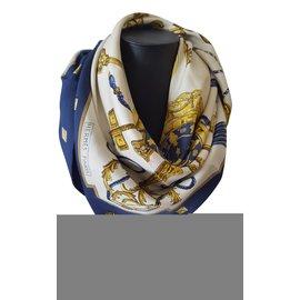 Hermès-Foulard Hermès en soie vintage-Autre