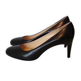 Giorgio Armani-Heels-Black