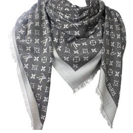 f45e2d368eff Accessoires luxe Louis Vuitton occasion - Joli Closet