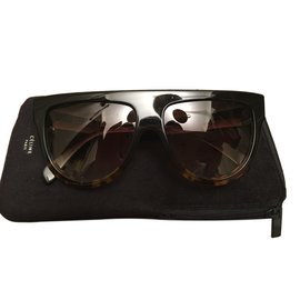 Céline-Sunglasses-Dark brown