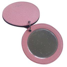 Louis Vuitton-Bijoux de sac miroir épi-Rose