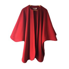 Yves Saint Laurent-Cape Yves Saint Laurent-Rouge