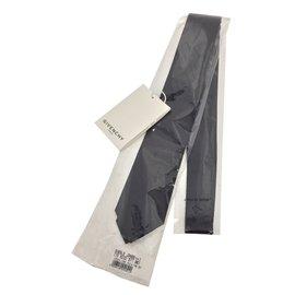 Givenchy-Ties-Black