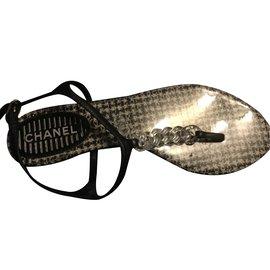 Chanel-Très belle chaussures Chanel-Noir,Blanc
