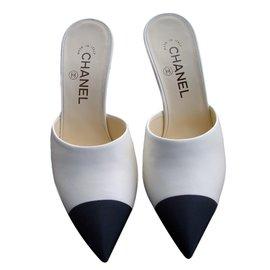 Chanel-Clogs-Multiple colors