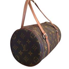 dd316d01df75 Second hand Louis Vuitton Luxury bag - Joli Closet