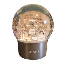 Chanel-Boule à neige cadeau VIP-Blanc