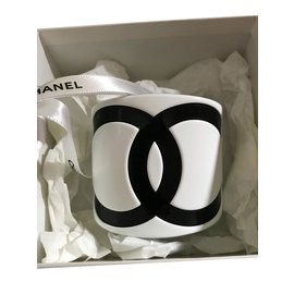 Chanel-Bracelets-Black,White