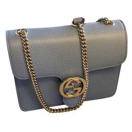 Gucci-Pochettes-Bleu