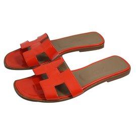 Hermès-Mules-Red