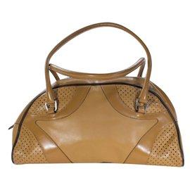 Second hand Luxury and Designer - Joli Closet 2d8cf5760c910