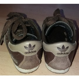 Adidas-Sneakers-Dark brown
