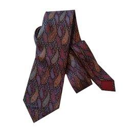 Gucci-Krawatten-Mehrfarben