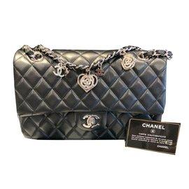 Second hand Chanel - Joli Closet 3a28e66d32a28