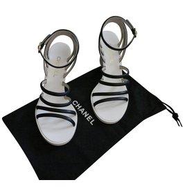 Chanel-Sandales compensées Noir et ivoire P. 37,5 CHANEL-Noir,Blanc cassé