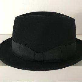 Motsch & Fils-Chapeau-Noir