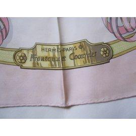 Hermès-Carrés-Rose