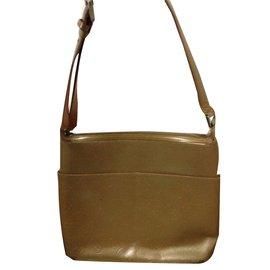 Louis Vuitton-sac sutter-Doré