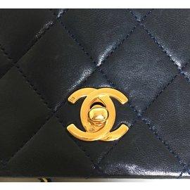 Chanel-Sac en cuir d'agneau matelassé marine-Bleu Marine