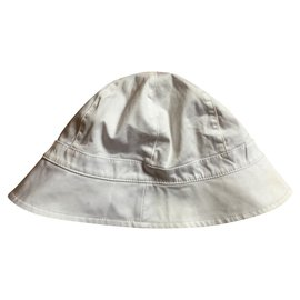 Burberry-White cotton hat with nova check lining-White