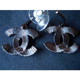 Chanel-Boucle d'oreilles CC-Noir