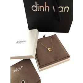 Dinh Van-Collier R8-Doré