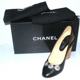 Chanel-Escarpins-Noir