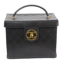 Chanel-Vanity case-Noir