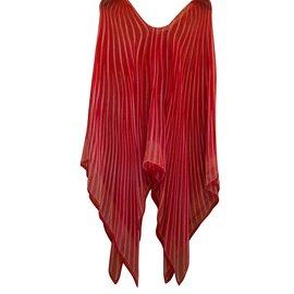 Hermès-Cape soie-Rouge