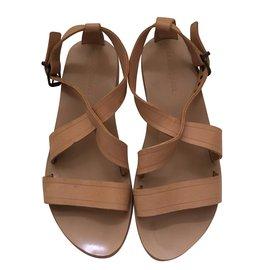 5cc1bcc248eab1 Chaussures luxe Gerard Darel occasion - Joli Closet