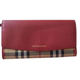 Burberry-Wallet-Dark red