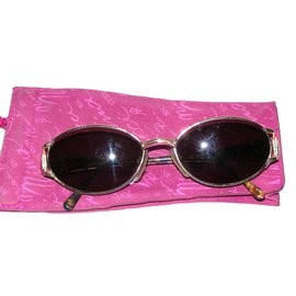 Nina Ricci-Sonnenbrille-Braun
