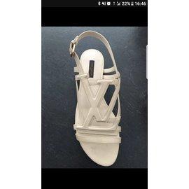Louis Vuitton-Sandales-Blanc