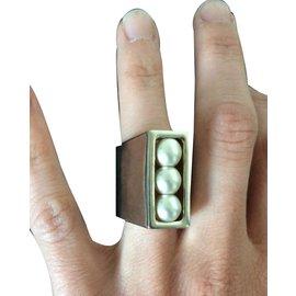 Chanel-Bague Chanel perles rotatives-Doré,Blanc cassé