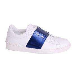 online store cd632 368ba baskets-homme-valentino-garavani-cuir-blanc-a.jpg