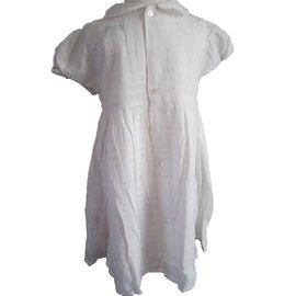 Burberry-Robe-Blanc