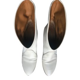 Chloé-Boots-Eggshell