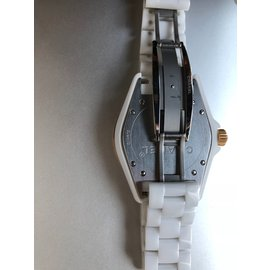 Chanel-J12-Blanc