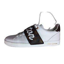 Louis Vuitton-Sneakers-White Louis Vuitton-Sneakers-White ae20bd130ef