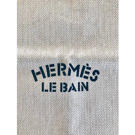 Hermès-pochette Hermès le Bain-Beige