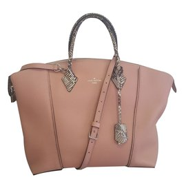 Louis Vuitton-Lock It-Rose