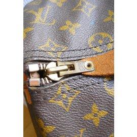 Louis Vuitton-Keepal-Marron foncé