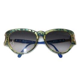 502cad1c9671 Second hand Sunglasses - Joli Closet